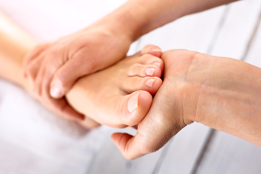 5 Alternative Treatments to Help Women Reduce Neuropathy Pain2